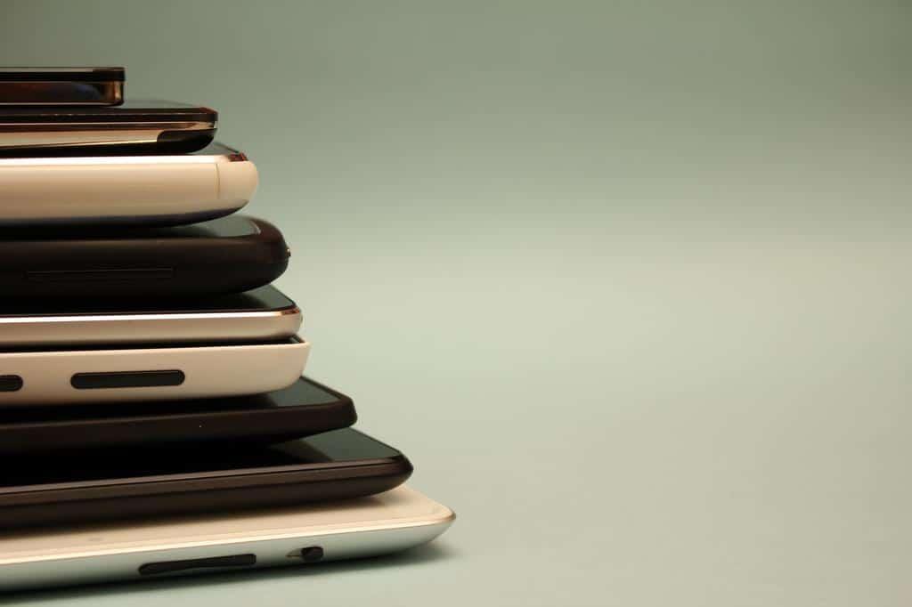 Choisir écran smartphone - Blog SFAM