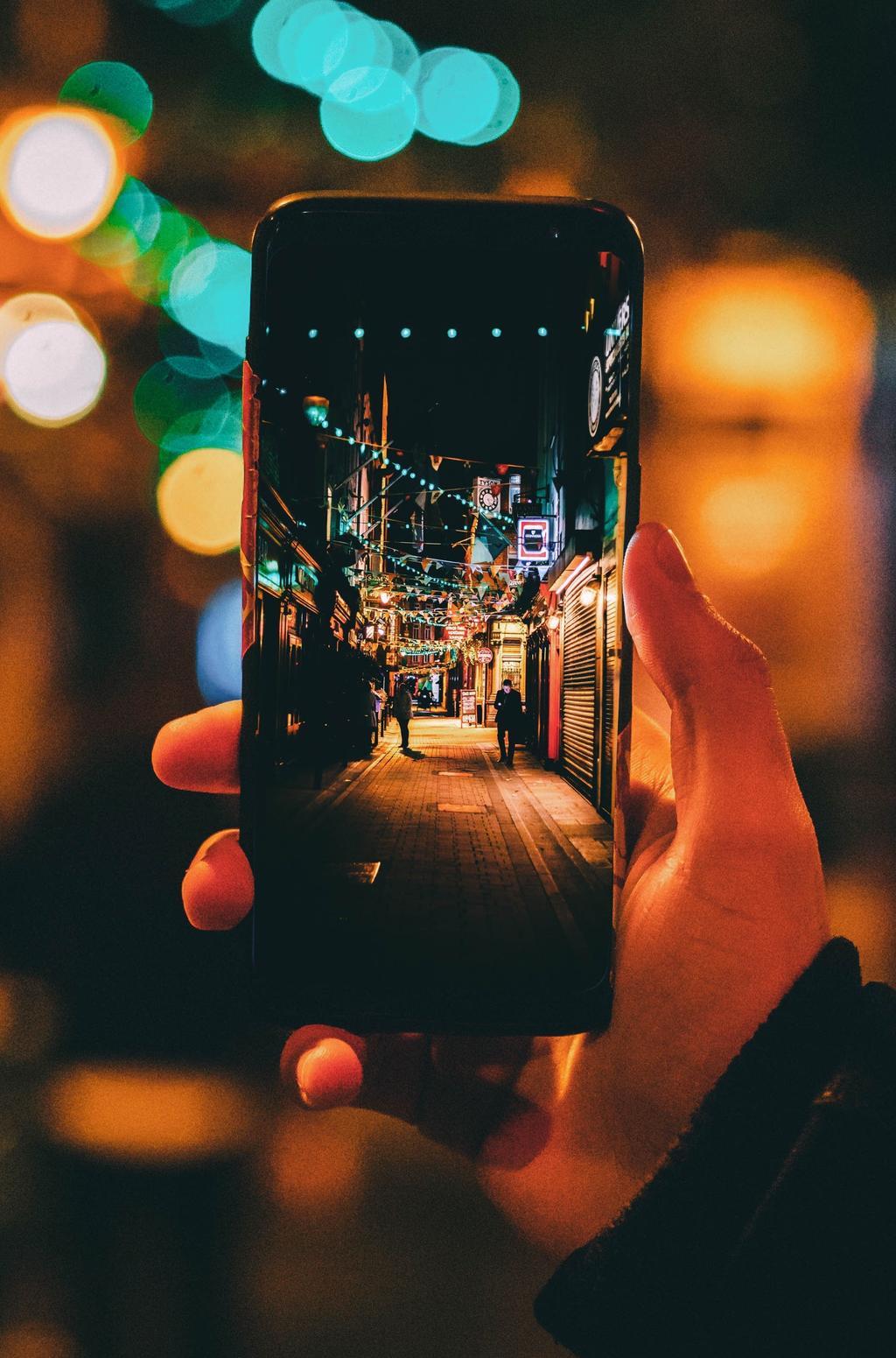 Smartphone sans bords - Blog SFAM