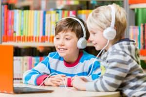 Casque audio pour enfant - Blog SFAM