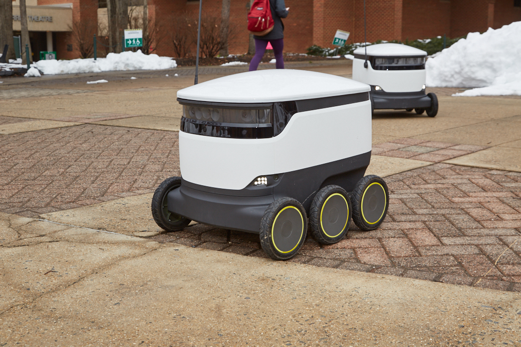 Robots livreurs campus - Blog SFAM