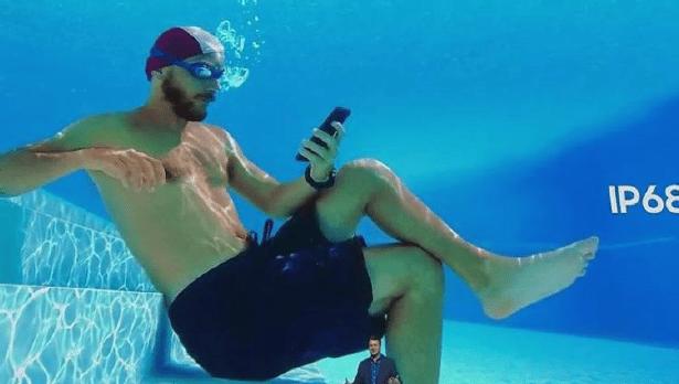 Underwater-samsung-publicite-mensongere-s10