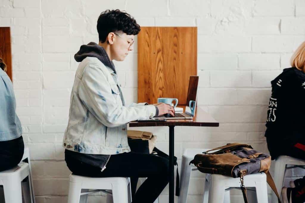 ordinateur-etudiant-art-architecture-blog-sfam