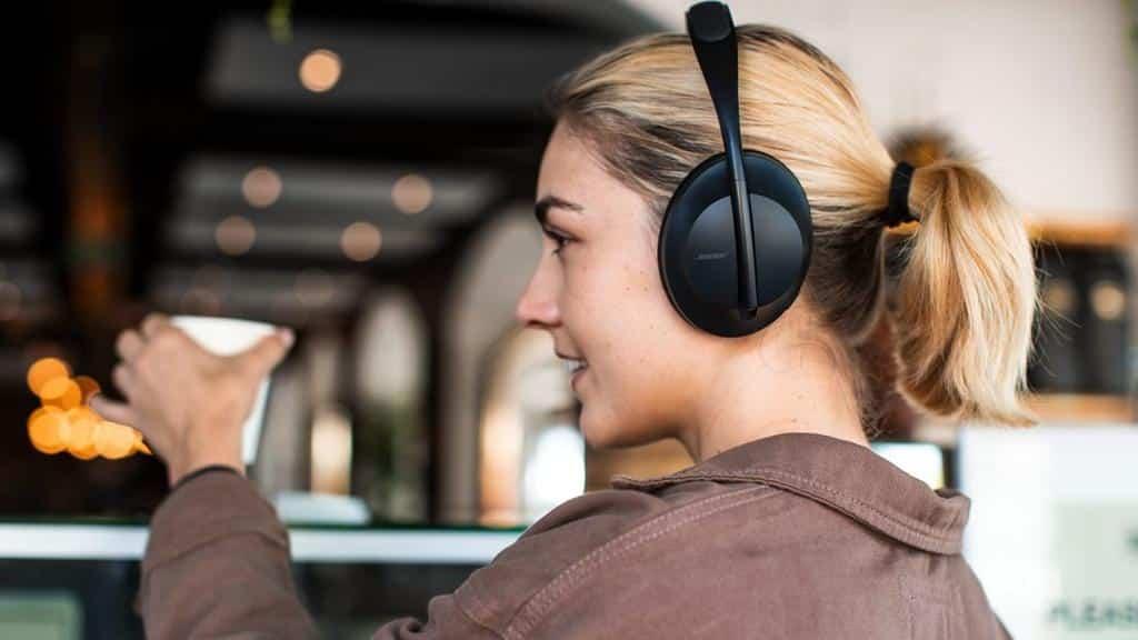 Headphones 700 - Blog SFAM