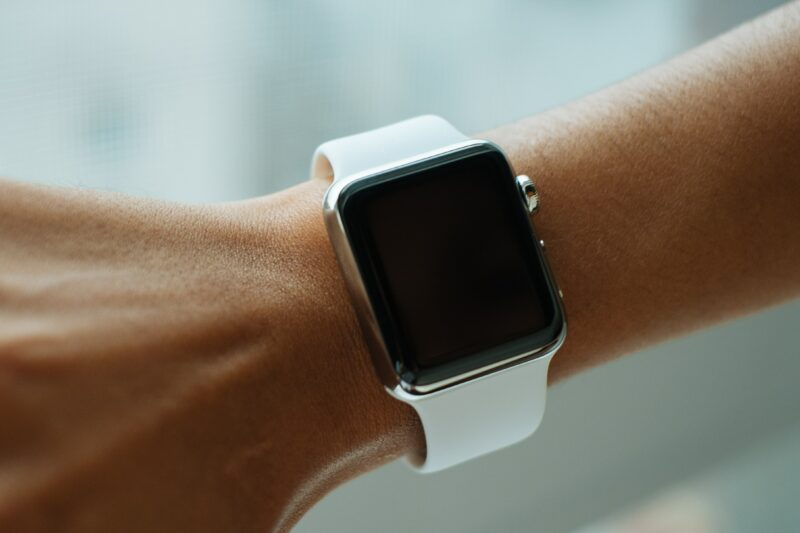 Apple Watch 5 - Celside Magazine