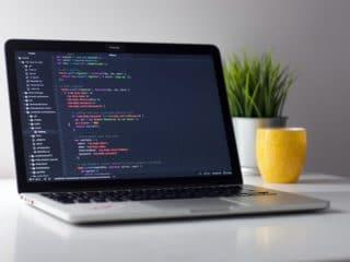 Programación JetBrains cursos - Celside Magazine