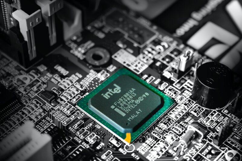Intel - Celside Magazine