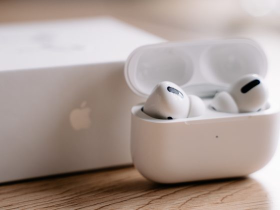 AirPods Pro - Celside Magazine