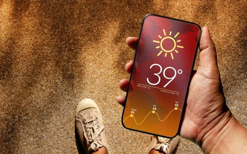 fortes chaleurs conseils eviter surchauffe smartphone - Celside Magazine