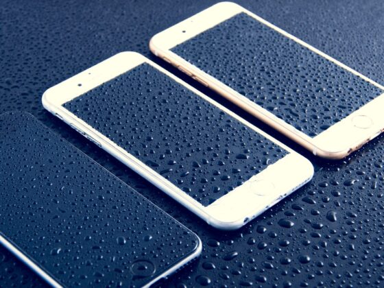 iPhone agua impermeable - Celside Magazine