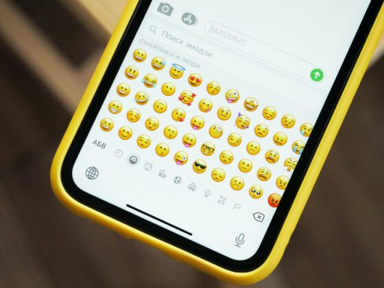 Emojis WhatsApp - Celside Magazine