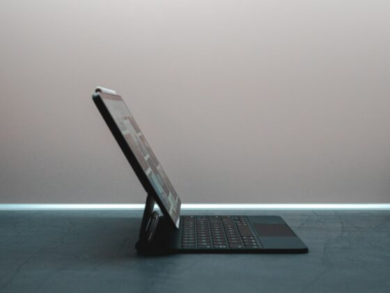 Microsoft Surface Duo - Celside Magazine