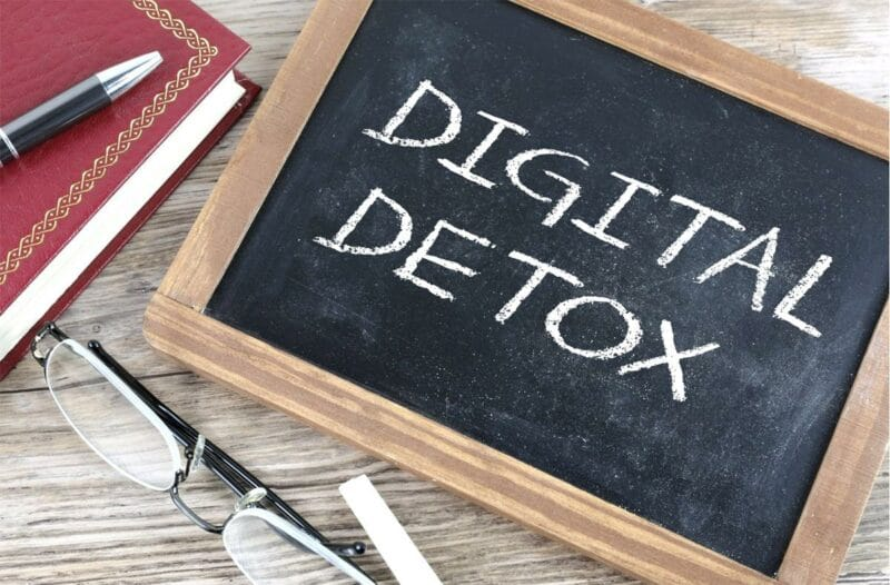 confinement digital detox - Celside Magazine