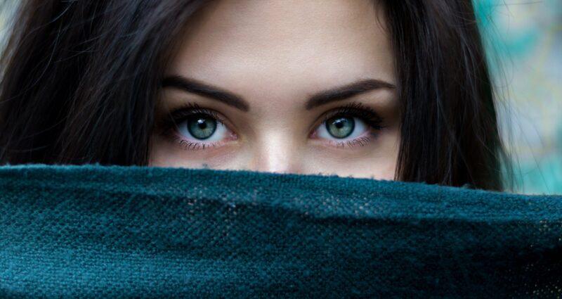 yoga des yeux apaiser vision - Celside Magazine