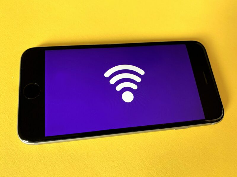 Seguridad red Wi-Fi - Celside Magazine