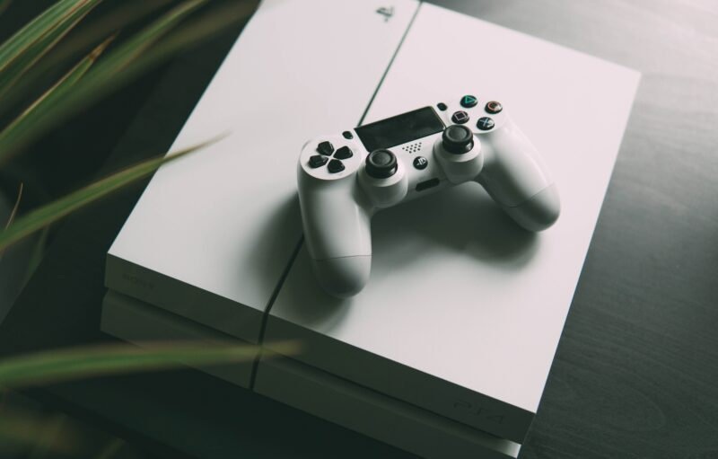 Playstation iPhone Android - Celside Magazine