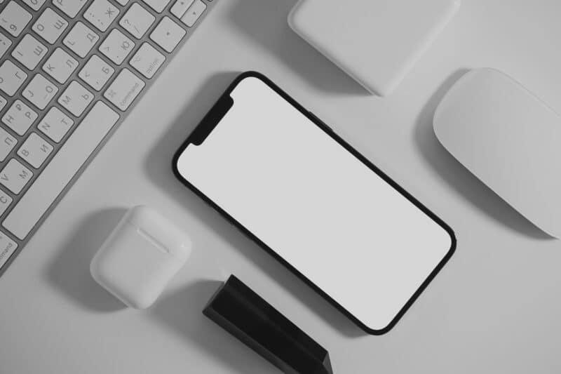 Limpiar altavoces iPhone - Celside Magazine