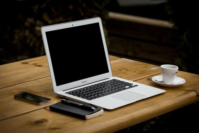 souris macbook air - Celside Magazine