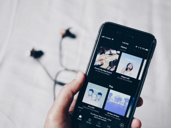 Spotify premium - Celside Magazine