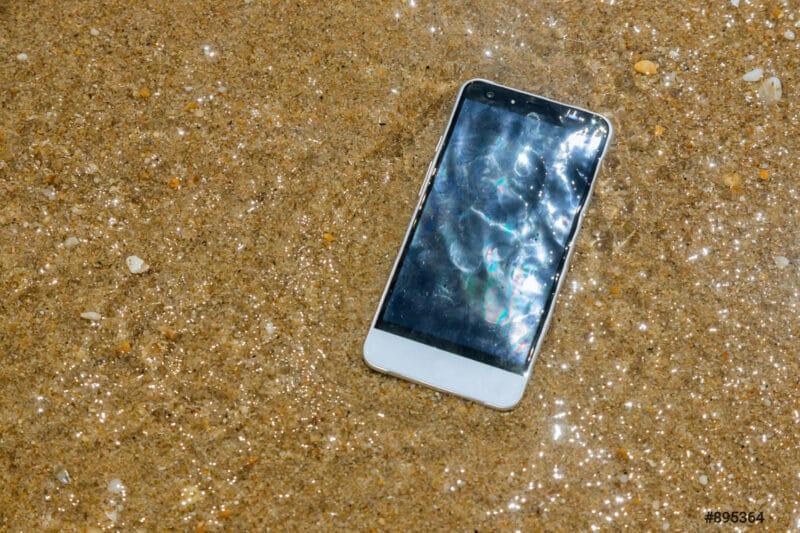 vacances ete proteger smartphones - Celside Magazine