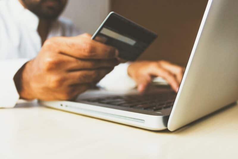 Dinero en internet - Celside Magazine